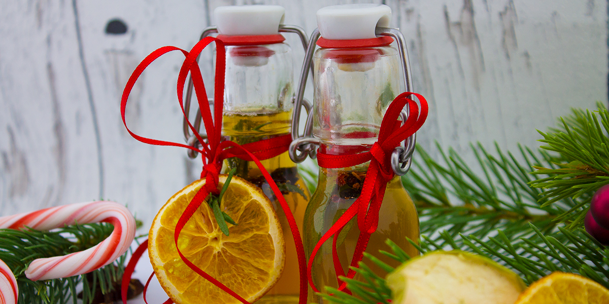 Vinegar with rosemary and orange