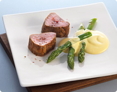 Fried Veal Fillet with Green Asparagus and Hollandaise Sauce