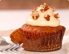 Carrot and Apple Cupcakes with Vanilla and Caramel Topping